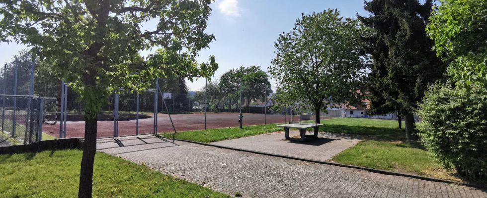Sportgelände Der Drei-Franken-Grundschule