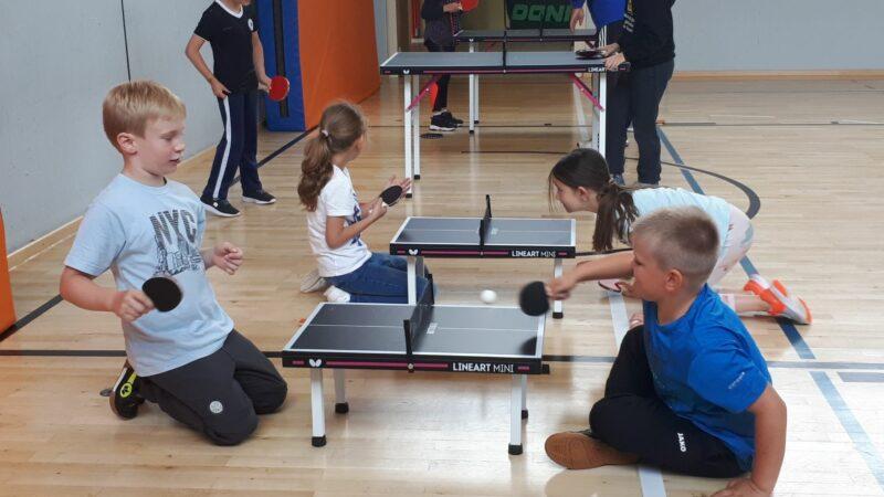 Tischtennis Mobil An Der Drei-Franken-Grundschule In Geiselwind
