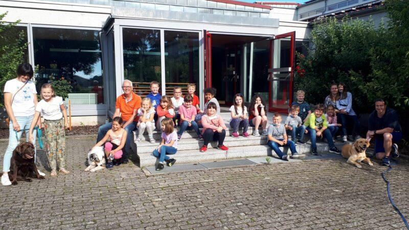 Haustiertag An Der Drei-Franken-Grundschule In Geiselwind